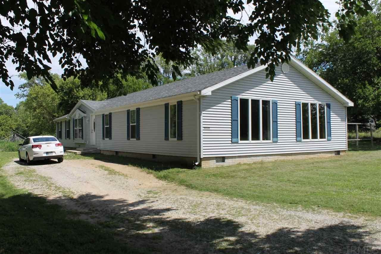 Mobile Homes at 10020 N Wild Cherry Lane Syracuse, Indiana 46567 United States