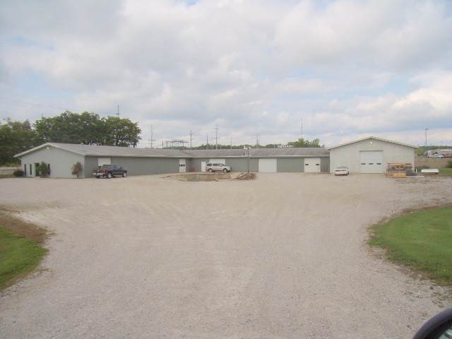 Commercial for Sale at 135 E Wendell Jacob Avenue Angola, Indiana 46703 United States