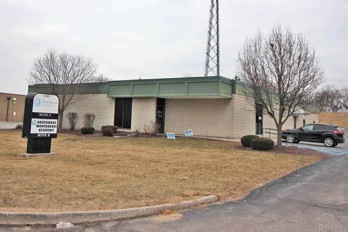 Comm / Ind Lease à 1625 Magnavox Way Fort Wayne, Indiana 46804 États-Unis