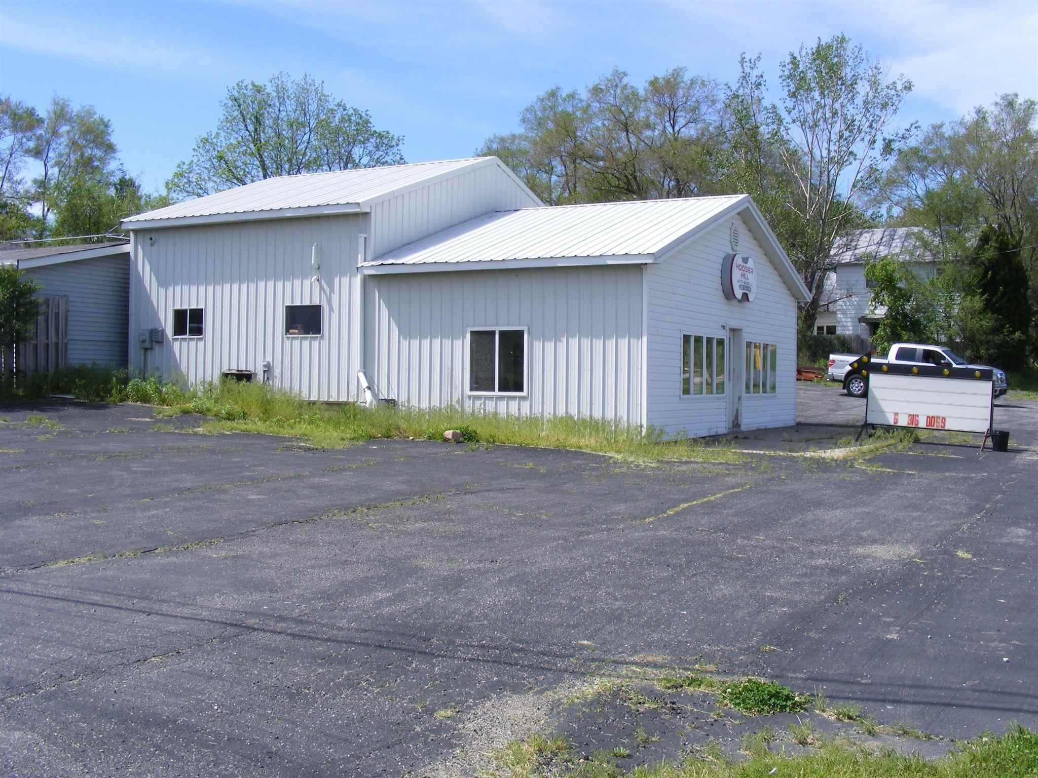 Commercial for Sale at 2785/2875 N STATE RD 127 Angola, Indiana 46703 United States