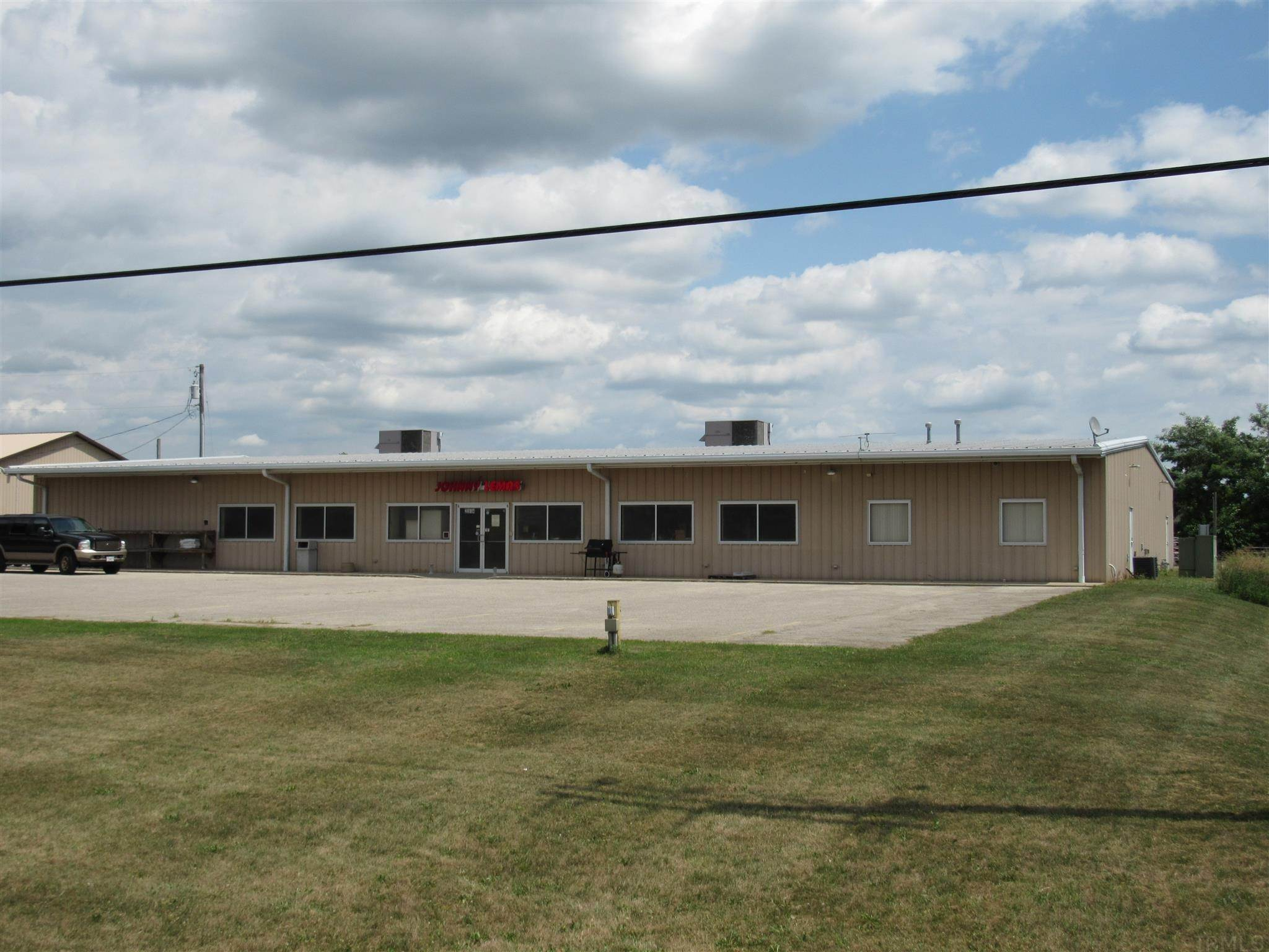 Retail for Sale at 2314 N 200 W Angola, Indiana 46703 United States