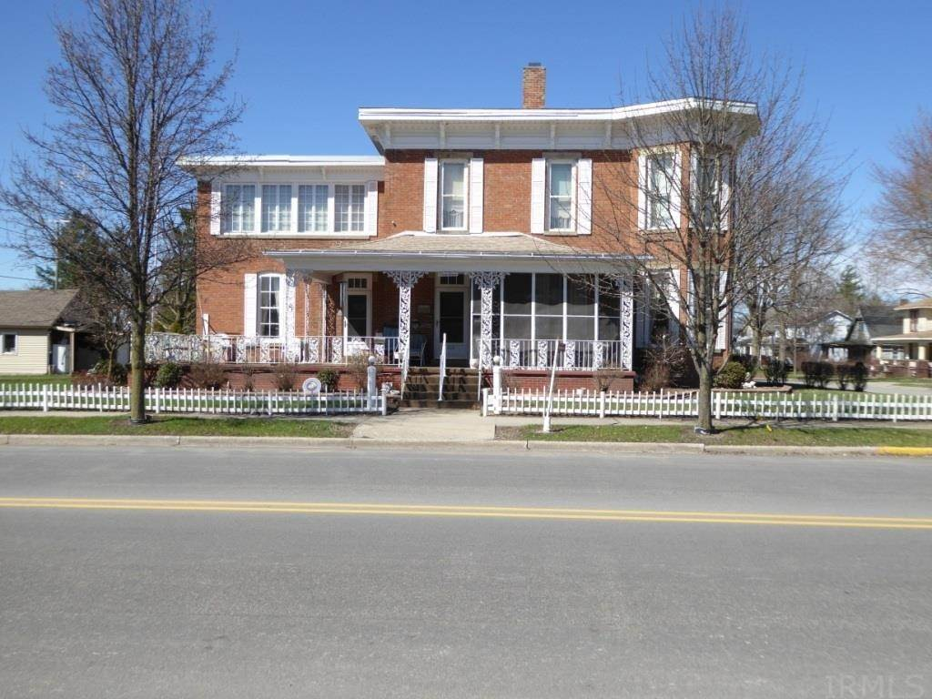 Single Family Homes for Sale at 300 W Union Street Ligonier, Indiana 46767 United States