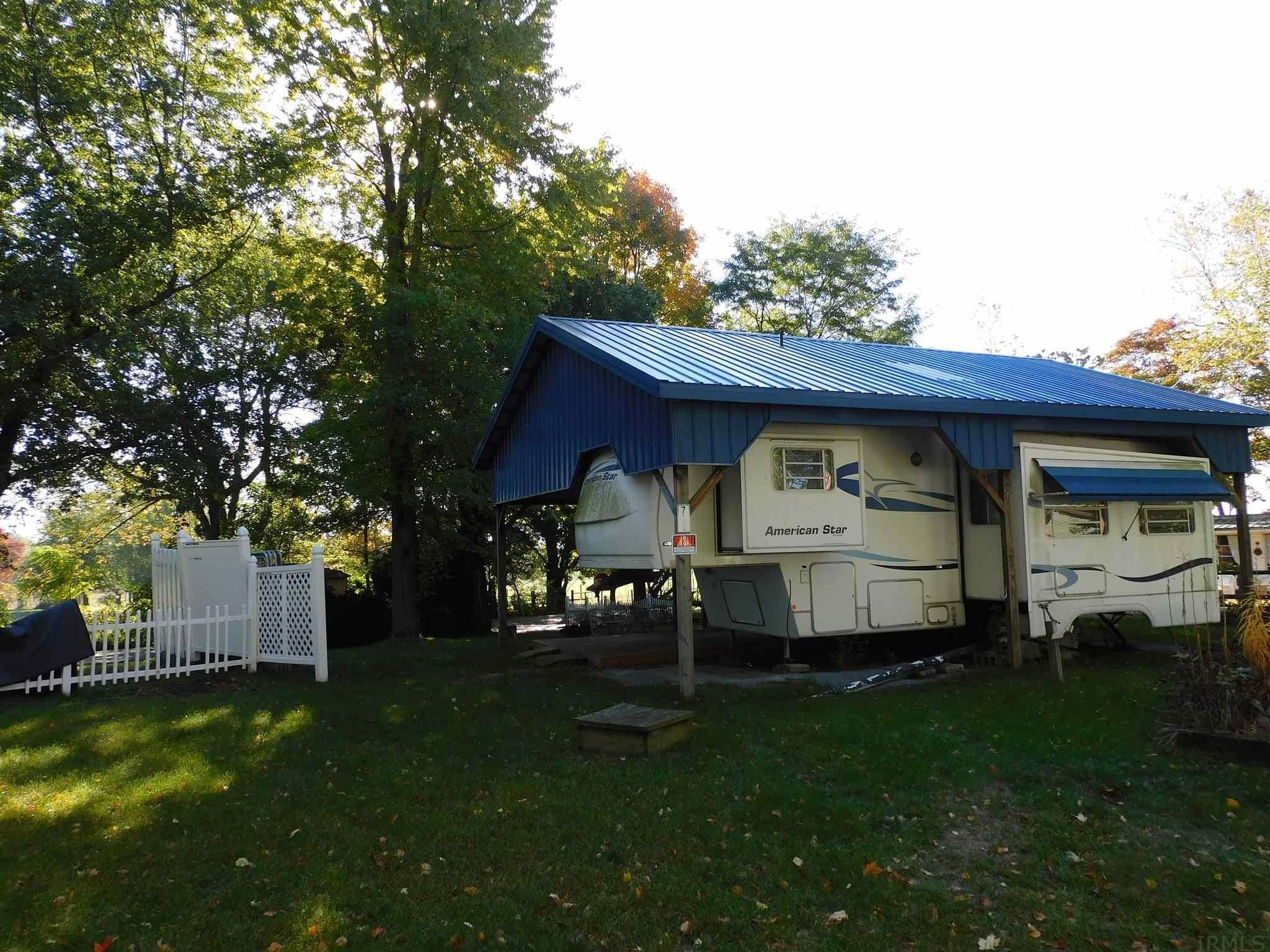 Manufactured Home for Sale at 11120 W 450 N Middlebury, Indiana 46540 United States