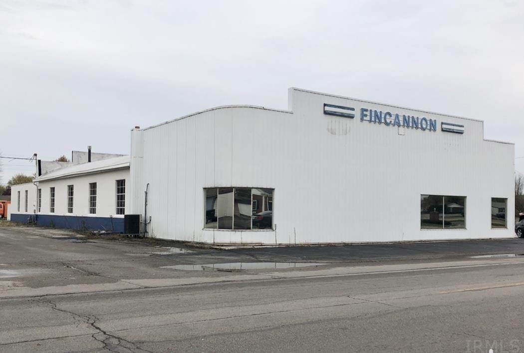 Commercial for Sale at 1510 N Walnut Street Hartford City, Indiana 47348 United States