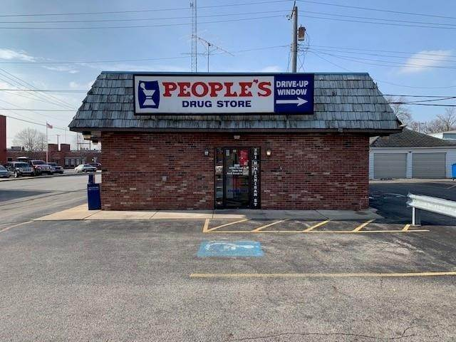 Retail for Sale at 301 N Michigan Street Plymouth, Indiana 46563 United States