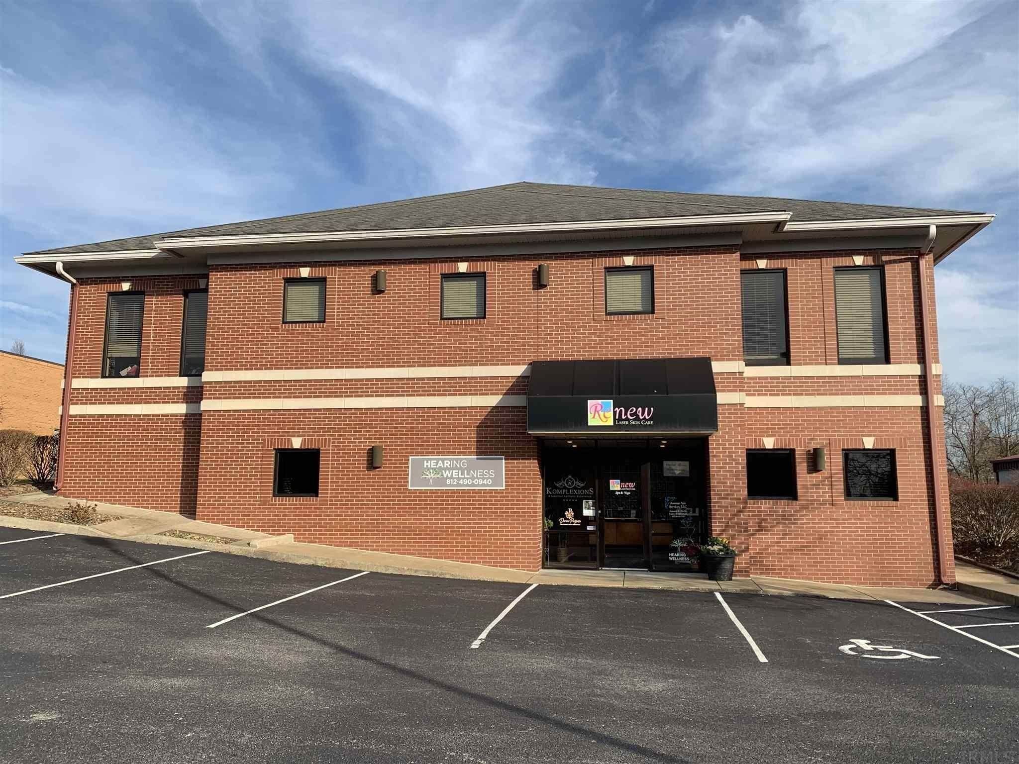 Comm / Ind Lease à 4166 Wyntree, Ste B - Office 2 Drive Newburgh, Indiana 47630 États-Unis