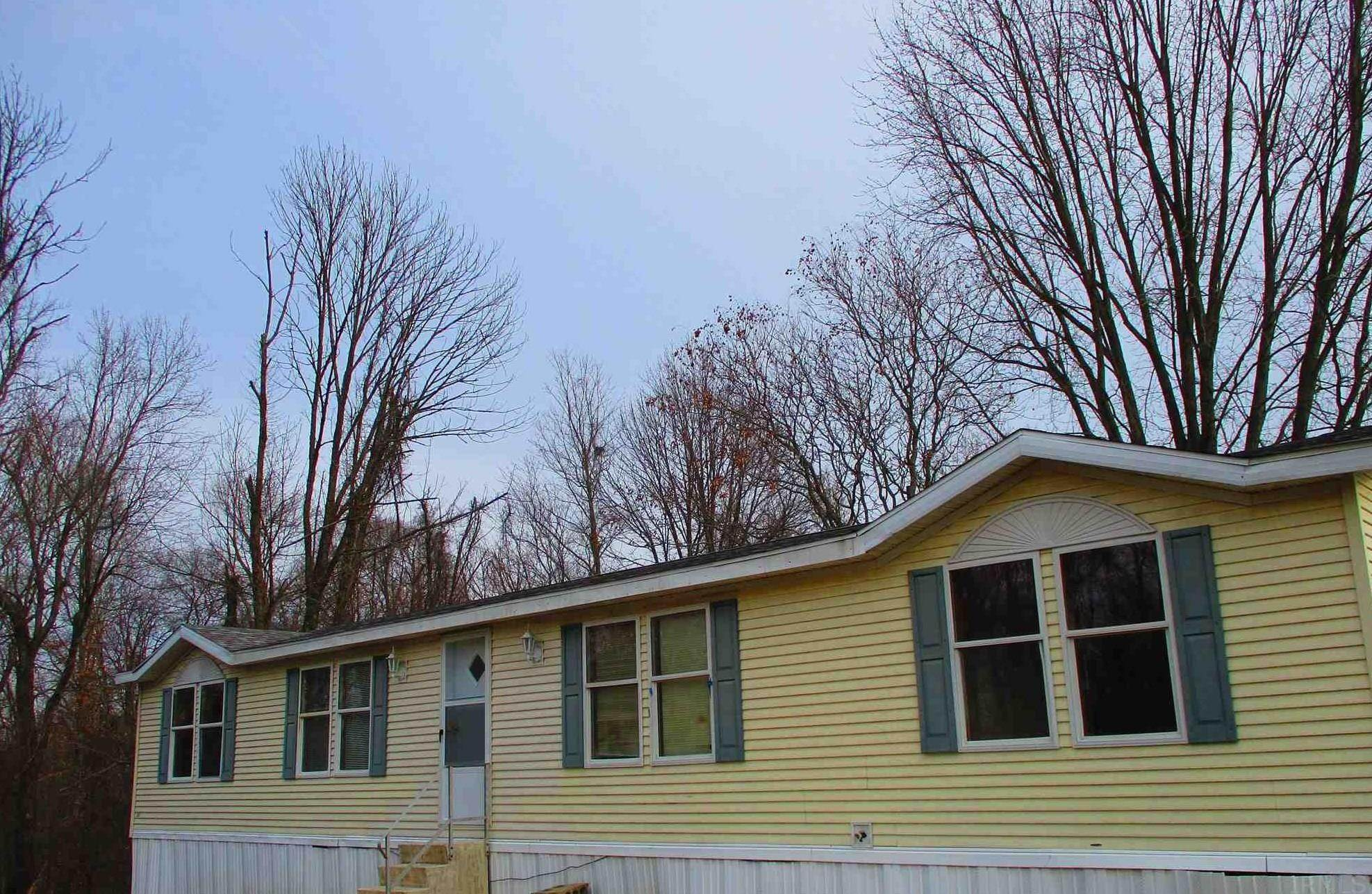 Manufactured Home for Sale at 217 & 221 S County 1075 W Road French Lick, Indiana 47432 United States