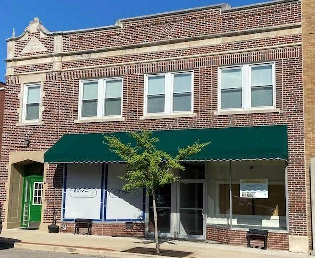 Commercial for Sale at 110/112 N Main Street Culver, Indiana 46511 United States