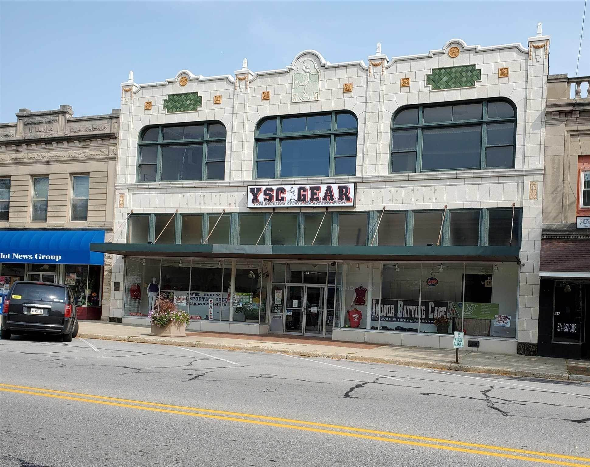 Retail for Sale at 214 N Michigan Street Plymouth, Indiana 46563 United States
