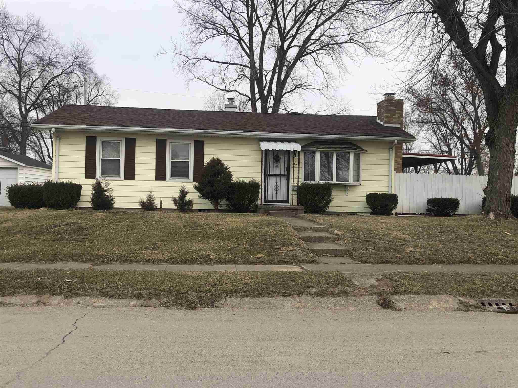 Single Family Homes pour l Vente à 2624 Emmet Drive Logansport, Indiana 46947 États-Unis