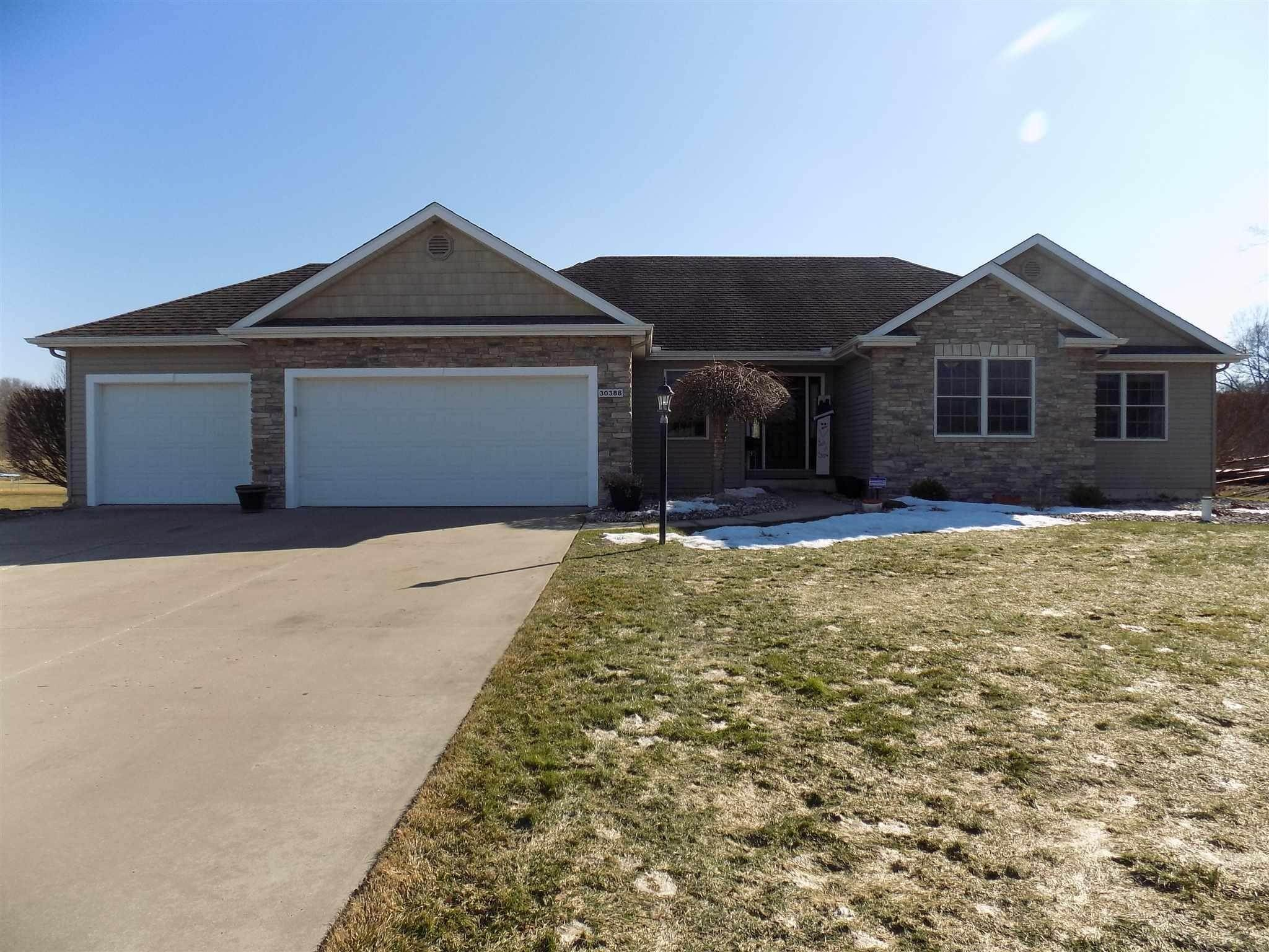 Single Family Homes por un Venta en 30388 Copperfield Cove Granger, Indiana 46530 Estados Unidos