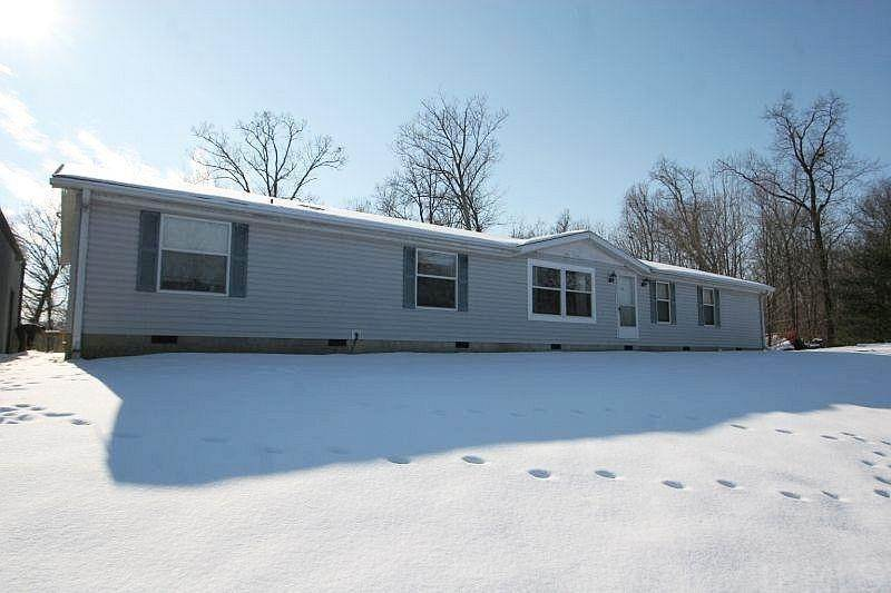 Manufactured Home for Sale at 4485 S Pine Ridge Road Birdseye, Indiana 47513 United States
