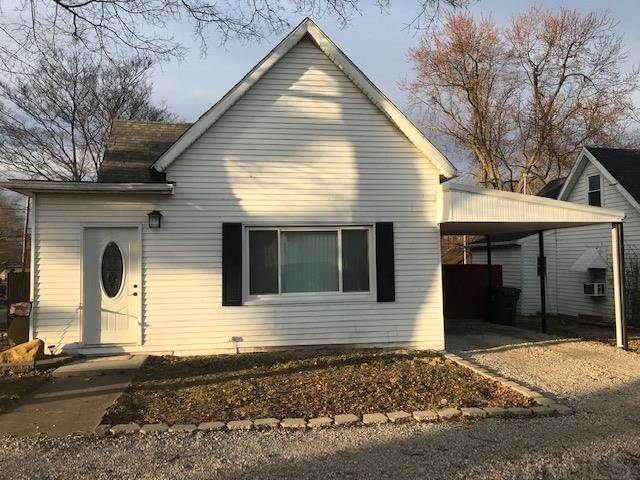 Single Family Homes pour l Vente à 502 E Maple Street Boonville, Indiana 47601 États-Unis
