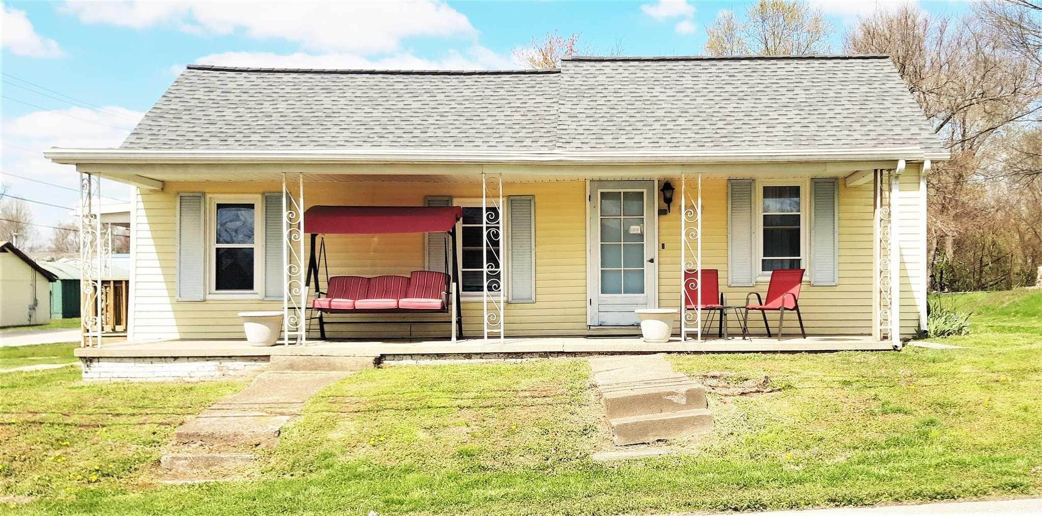 Single Family Homes por un Venta en 1102 E Walnut Street Boonville, Indiana 47601 Estados Unidos