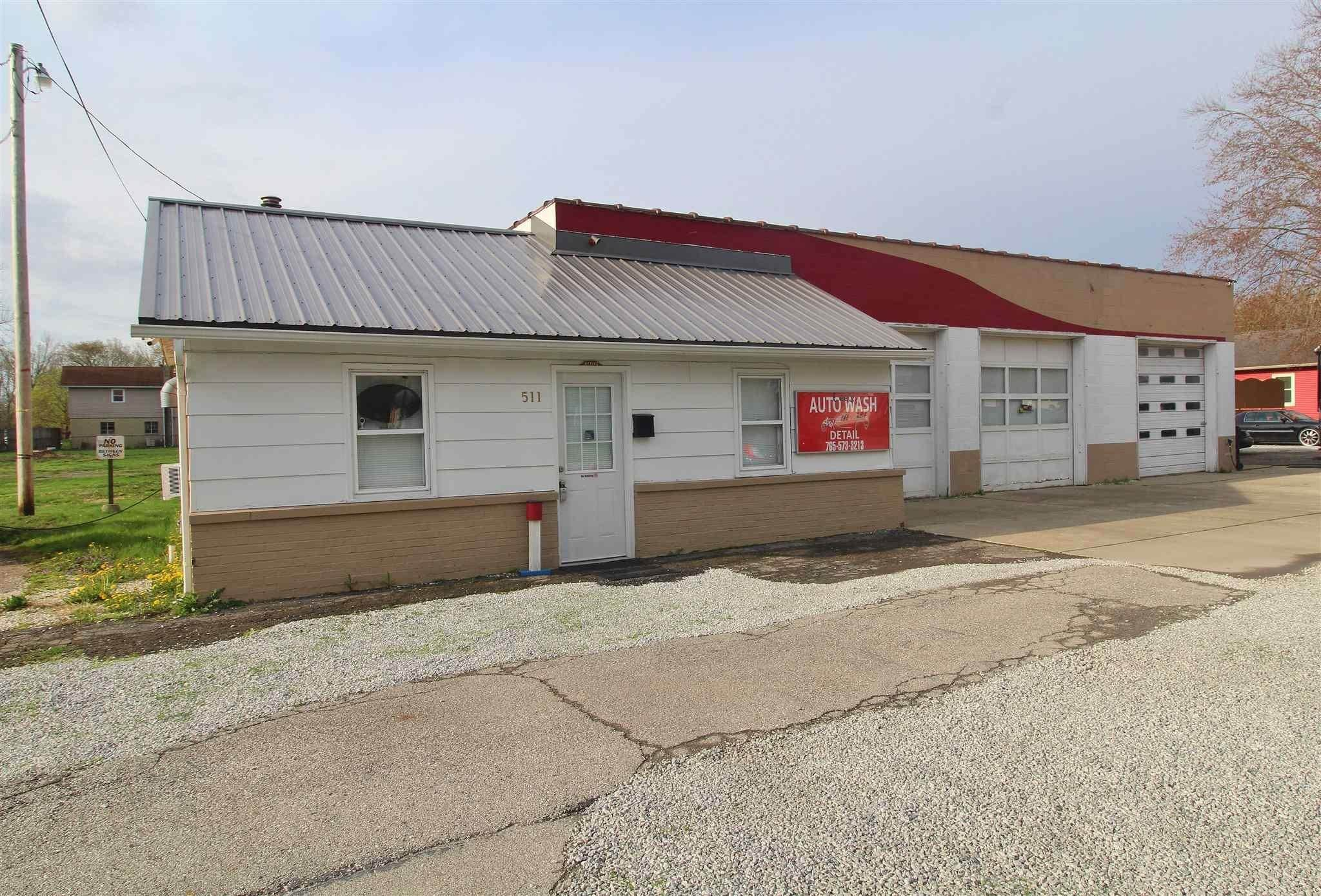 Commercial for Sale at 513 W 6th Street Jonesboro, Indiana 46938 United States