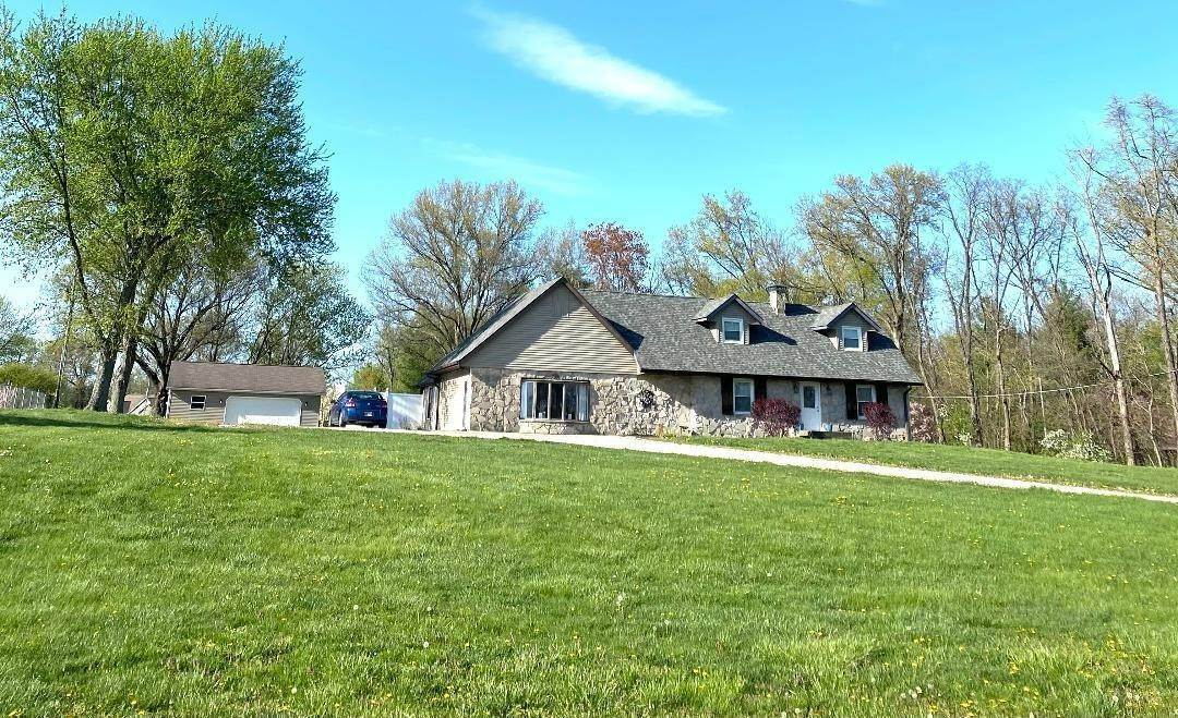 Single Family Homes por un Venta en 13252 W 150 N Road Linton, Indiana 47441 Estados Unidos