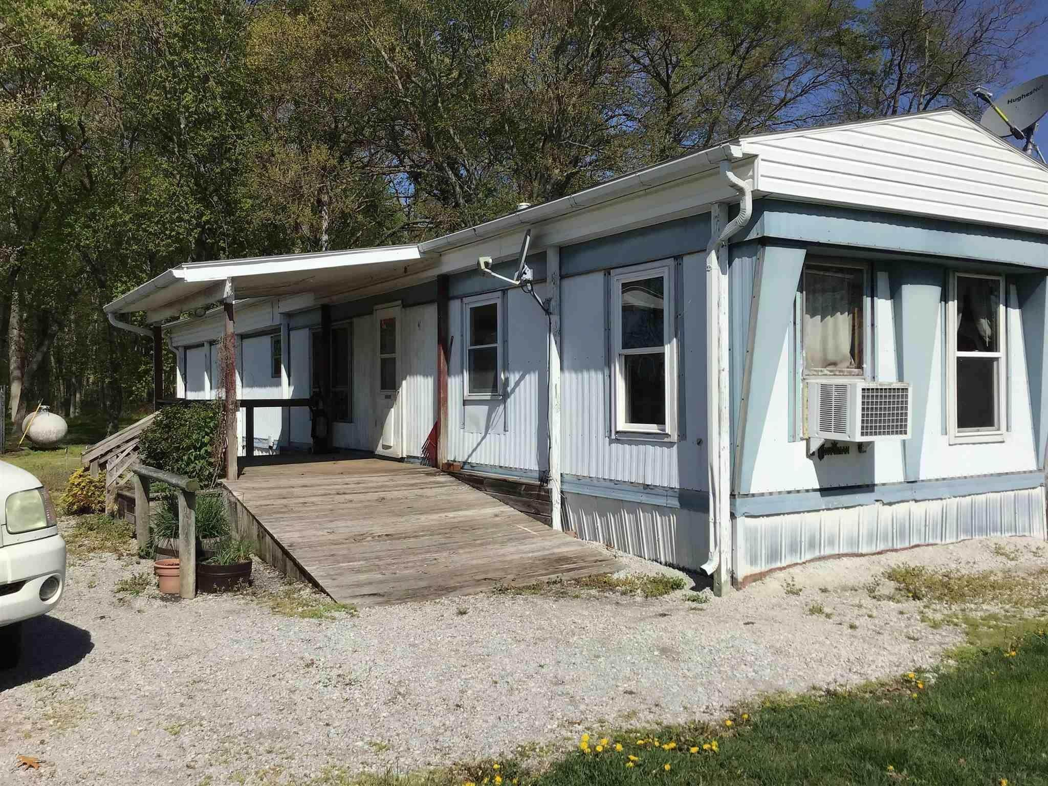 Manufactured Home for Sale at 1322 E 900 S Star City, Indiana 46985 United States
