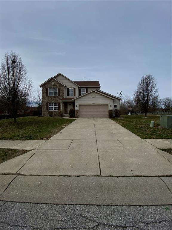 2. Single Family Homes for Sale at 640 Tanninger Drive Indianapolis, Indiana 46239 United States