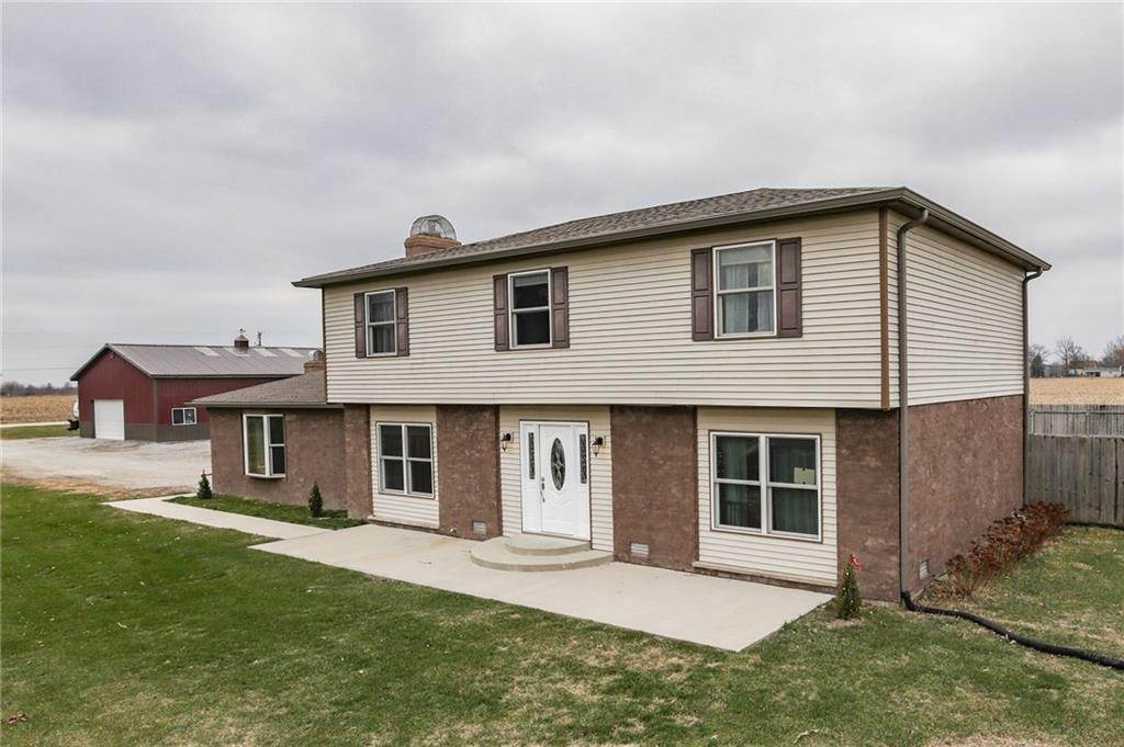 Single Family Homes por un Venta en 9537 County Road 200 Pittsboro, Indiana 46167 Estados Unidos