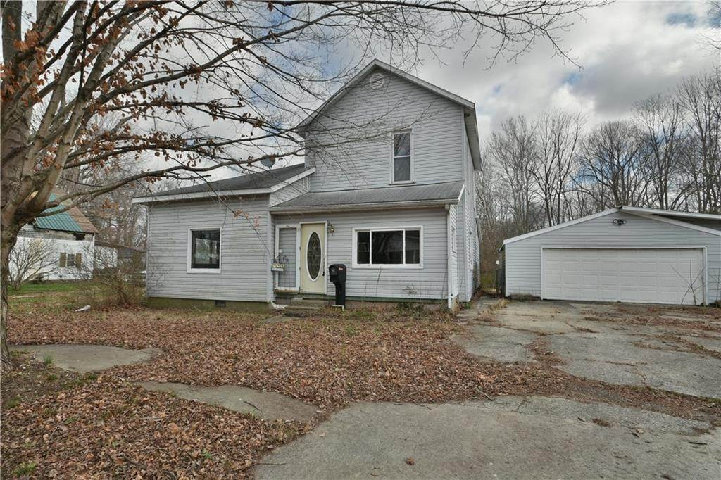 Single Family Homes por un Venta en 225 Adams Street Knightstown, Indiana 46148 Estados Unidos