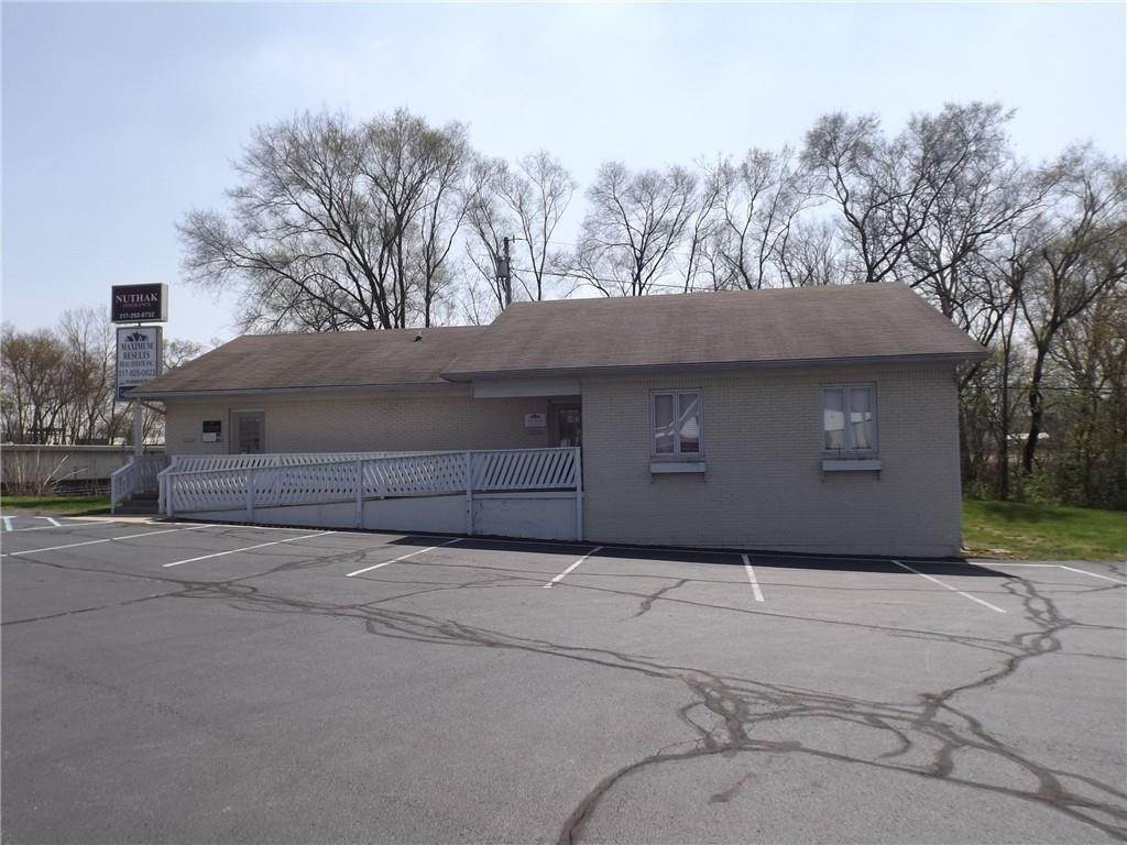 Commercial / Office at 703 N Harrison Street Shelbyville, Indiana 46176 United States