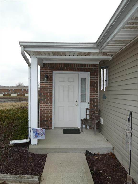 Single Family Homes por un Venta en 1038 Taurus Court Franklin, Indiana 46131 Estados Unidos
