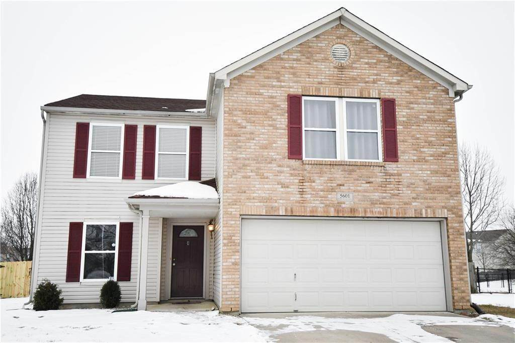 Single Family Homes por un Venta en 5601 Woodland Trace Boulevard Indianapolis, Indiana 46237 Estados Unidos