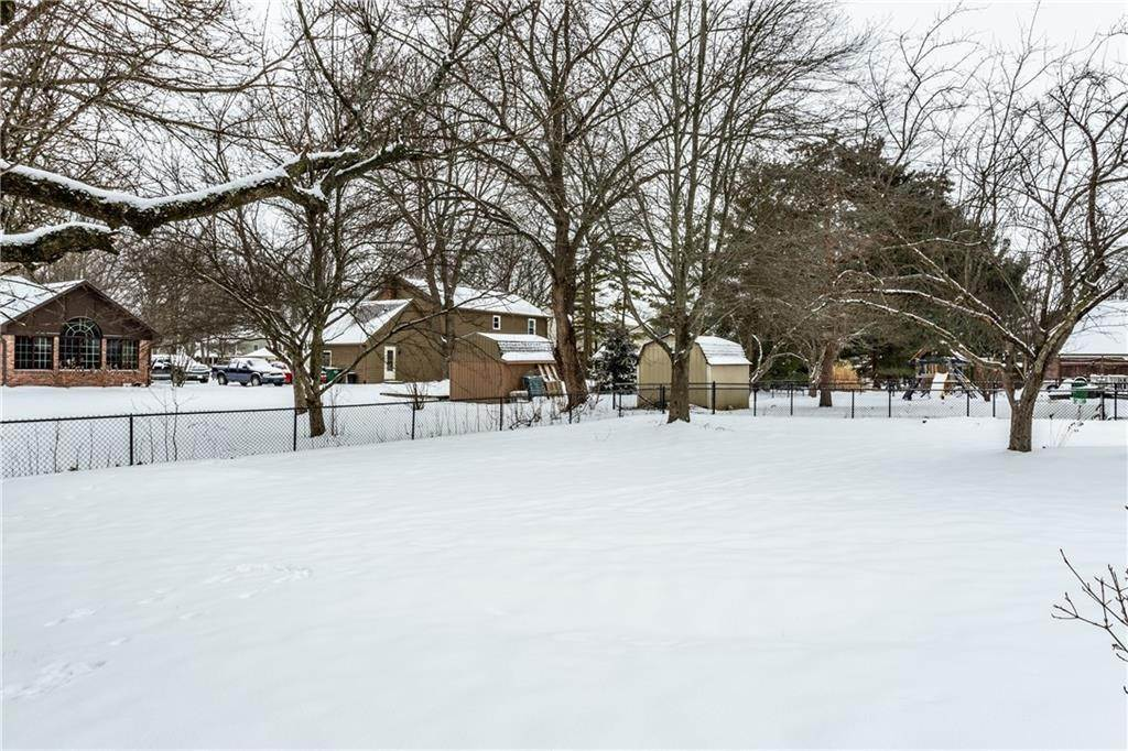 34. Single Family Homes for Sale at 9034 SWEET BAY Court Indianapolis, Indiana 46260 United States