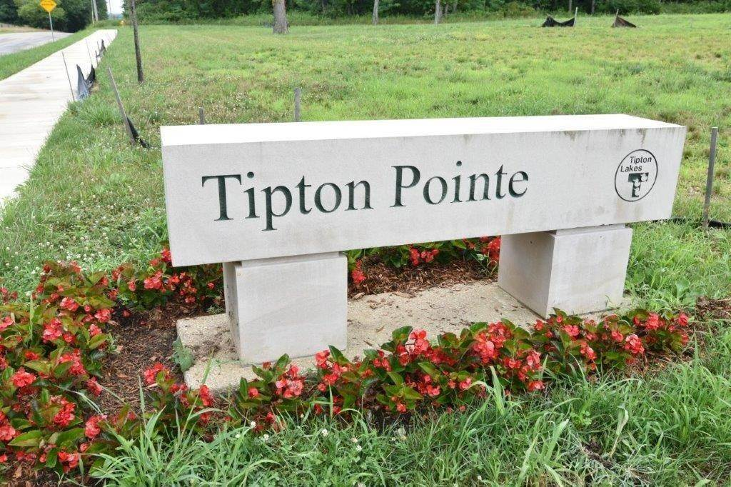 Land for Sale at Lot 10 Tipton Pointe Columbus, Indiana 47201 United States
