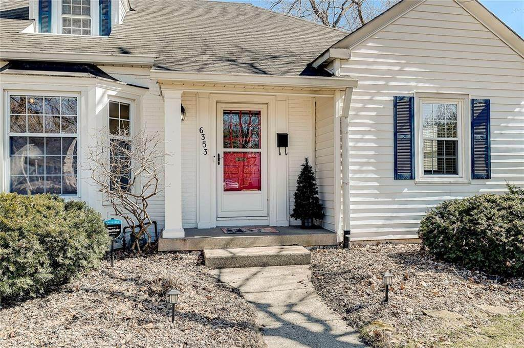3. Single Family Homes for Sale at 6353 Central Avenue Indianapolis, Indiana 46220 United States