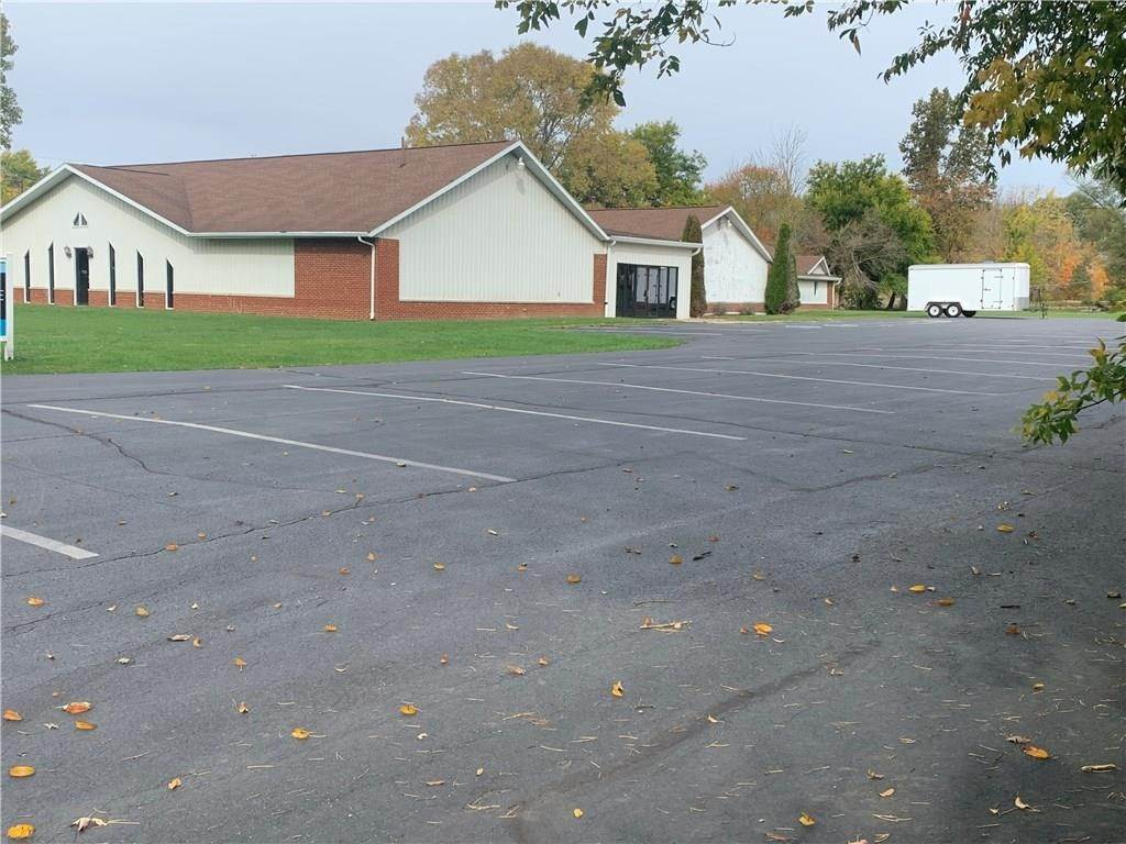 Commercial for Sale at 332 Payton Street Greentown, Indiana 46936 United States