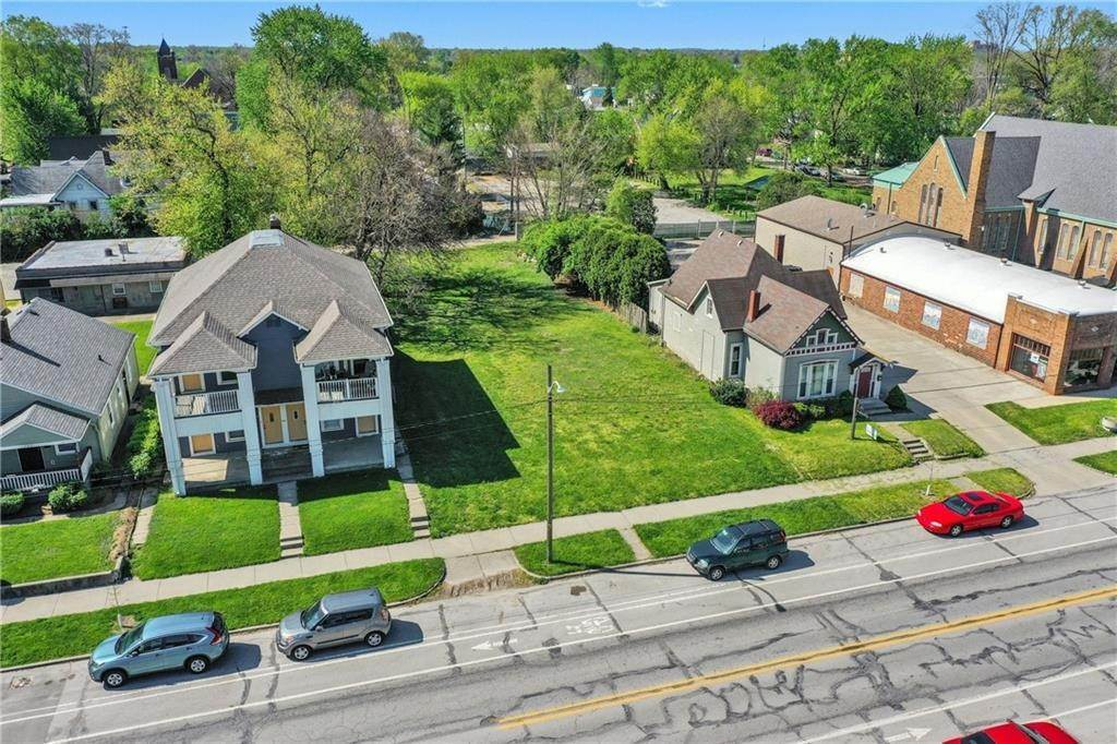Single Family Homes for Sale at 1319-1327 Prospect Street Indianapolis, Indiana 46203 United States