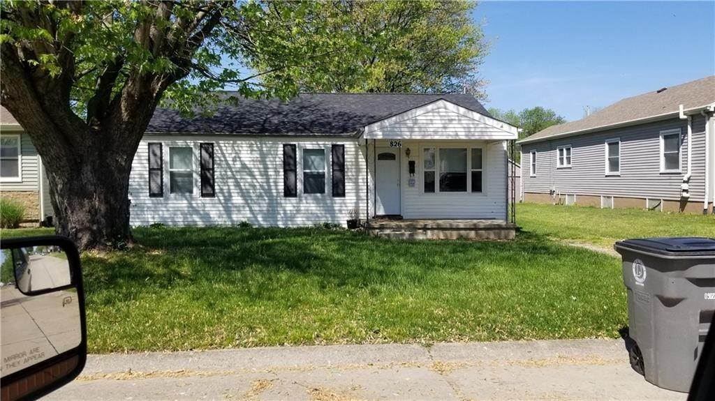 Single Family Homes for Sale at 826 S Lynn Street Seymour, Indiana 47274 United States