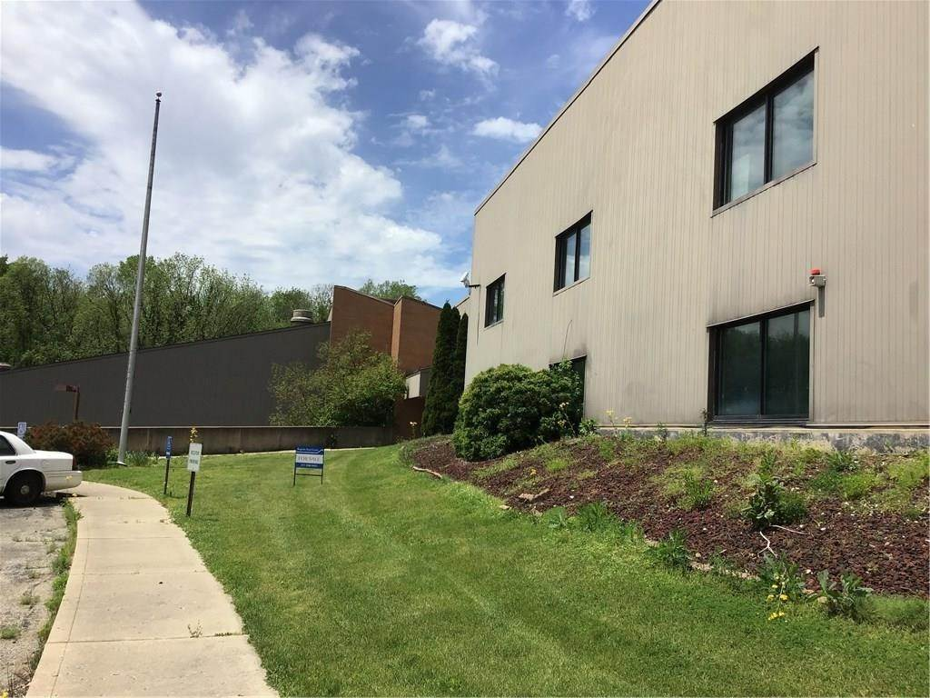 Commercial for Sale at 8506 Academy Way Ladoga, Indiana 47954 United States