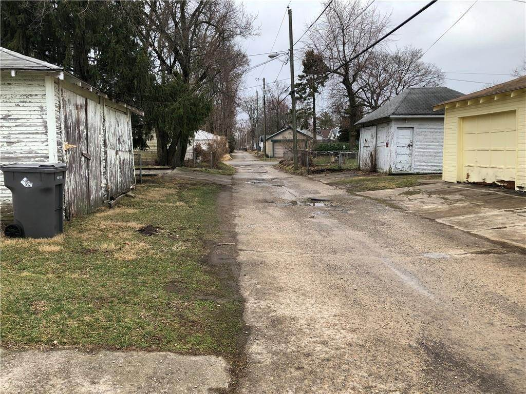 45. Residential Income for Sale at 816-818 Bancroft Street Indianapolis, Indiana 46201 United States