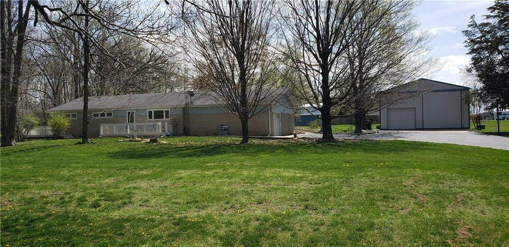 Single Family Homes por un Venta en 5658 E Us Hwy 40 Fillmore, Indiana 46128 Estados Unidos