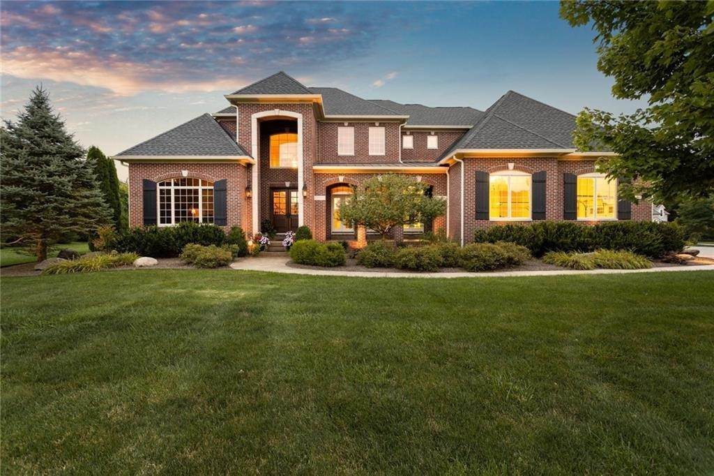 Single Family Homes for Sale at 4079 Wild Wood Court Zionsville, Indiana 46077 United States
