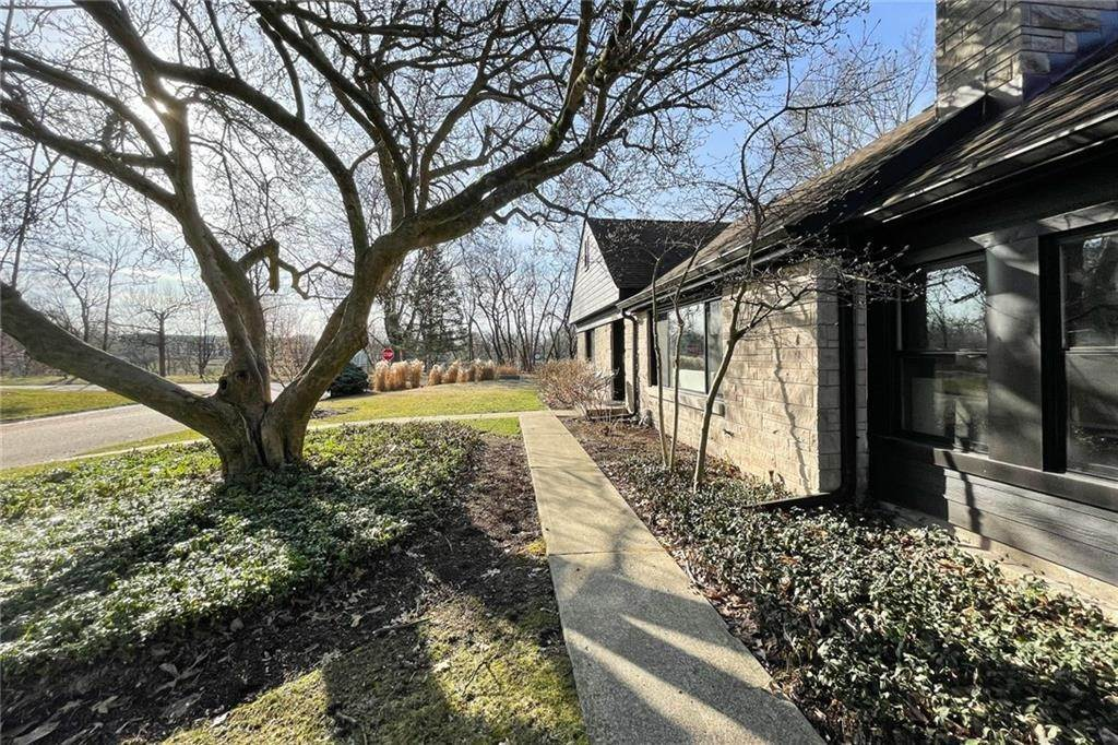 47. Single Family Homes for Sale at 6902 WARWICK Road Indianapolis, Indiana 46220 United States