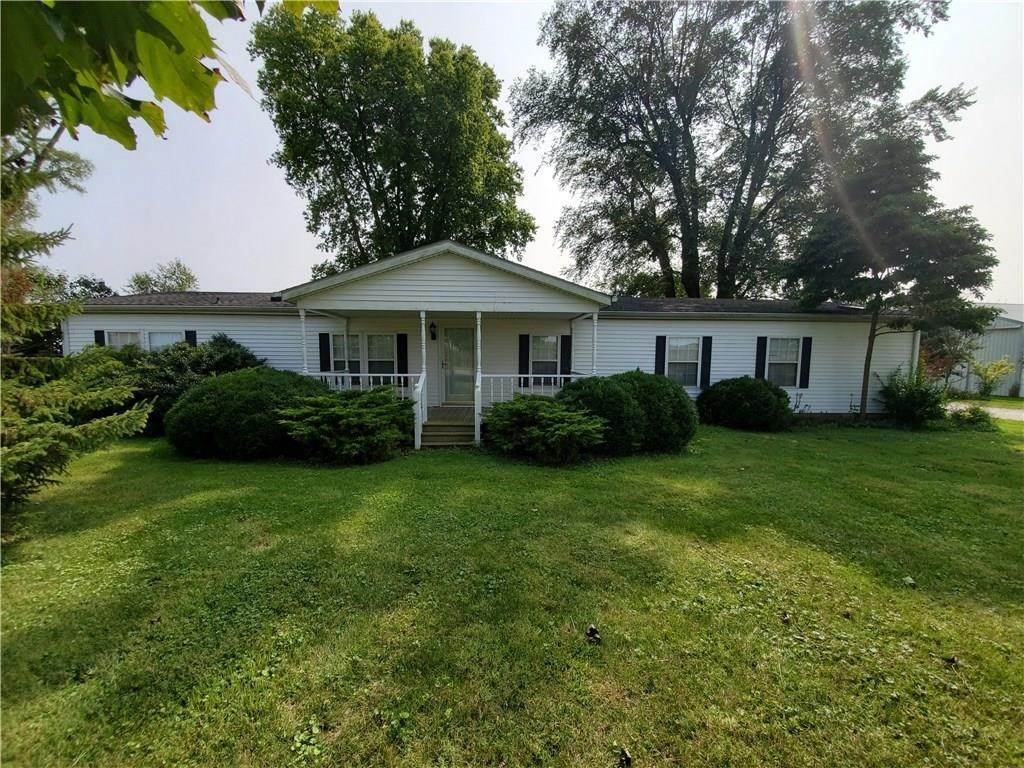 Single Family Homes por un Venta en 2725 state rd 28 Ática, Indiana 47918 Estados Unidos