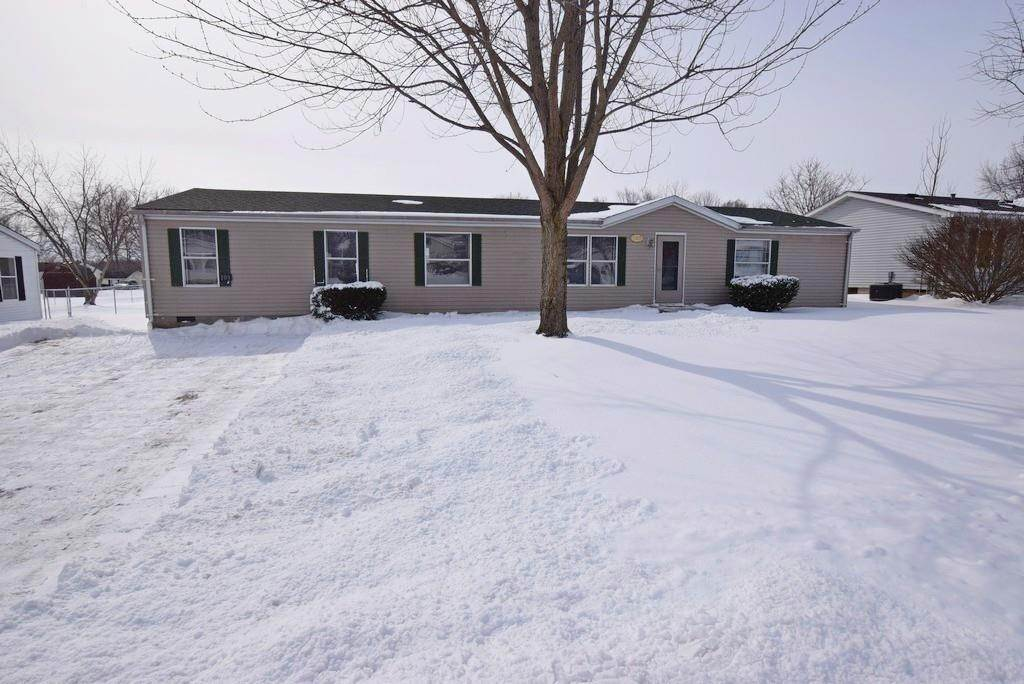 Single Family Homes por un Venta en 109 Leatie Way Ingalls, Indiana 46048 Estados Unidos