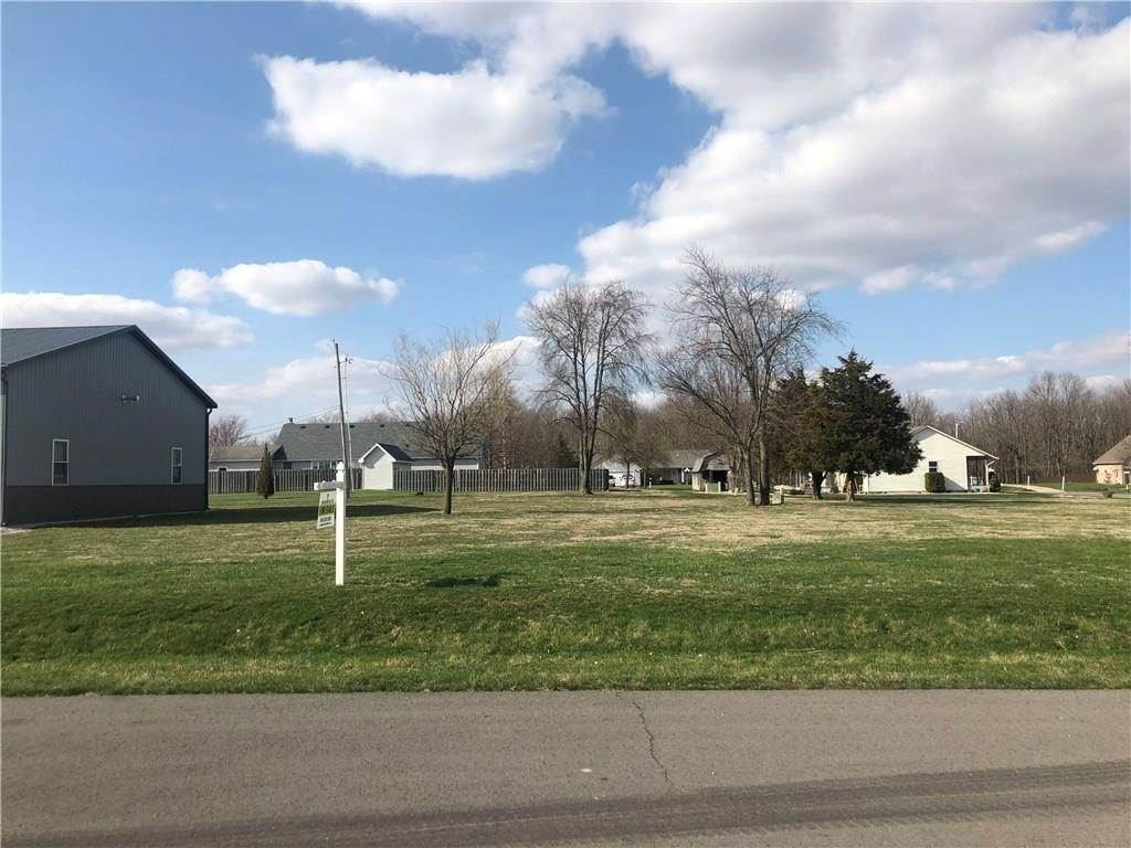 Land for Sale at 56 Oak Street Roachdale, Indiana 46172 United States