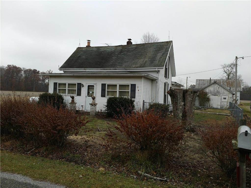 Single Family Homes por un Venta en 2113 S County Road 600 Holton, Indiana 47023 Estados Unidos
