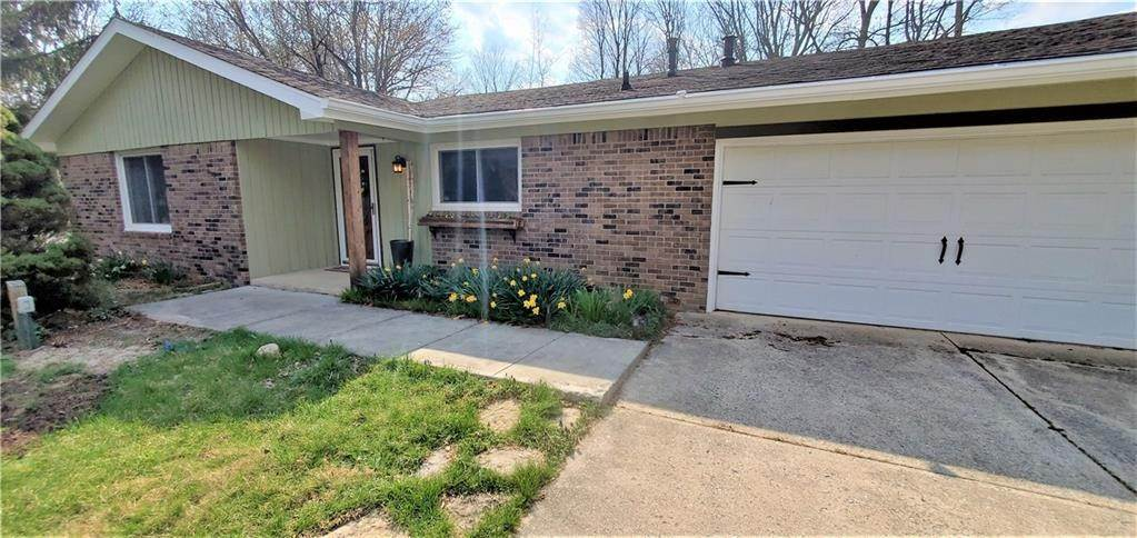 Single Family Homes por un Venta en 210 Bayshore Drive Cicero, Indiana 46034 Estados Unidos