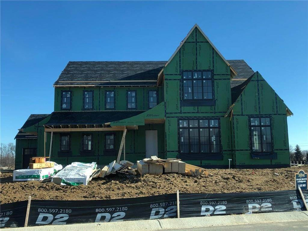 Single Family Homes pour l Vente à 15257 Grassy Creek Lane Carmel, Indiana 46033 États-Unis