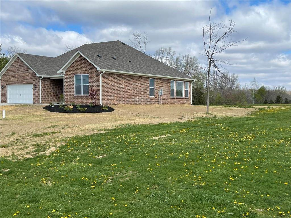 Single Family Homes por un Venta en 127 Patriots Landing Fillmore, Indiana 46128 Estados Unidos