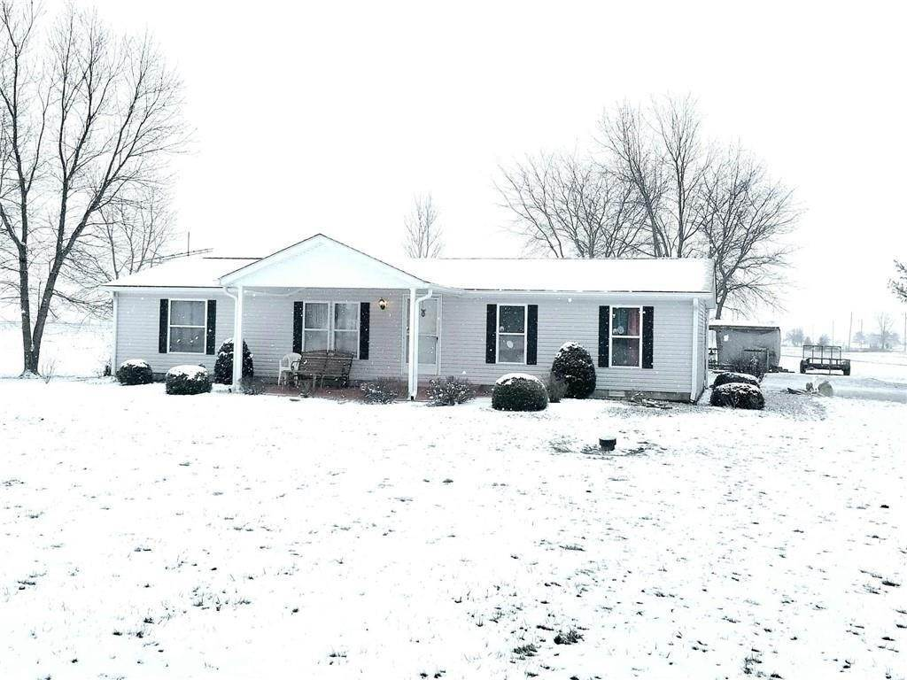 Single Family Homes por un Venta en 4990 County Road 600 East Mooreland, Indiana 47360 Estados Unidos