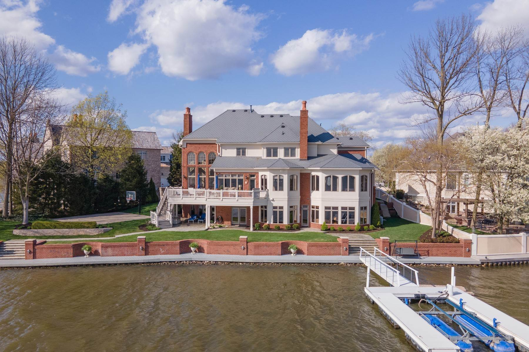 Single Family Homes for Sale at Gorgeous Home on Morse Reservoir 213 Edgewater Drive Noblesville, Indiana 46062 United States