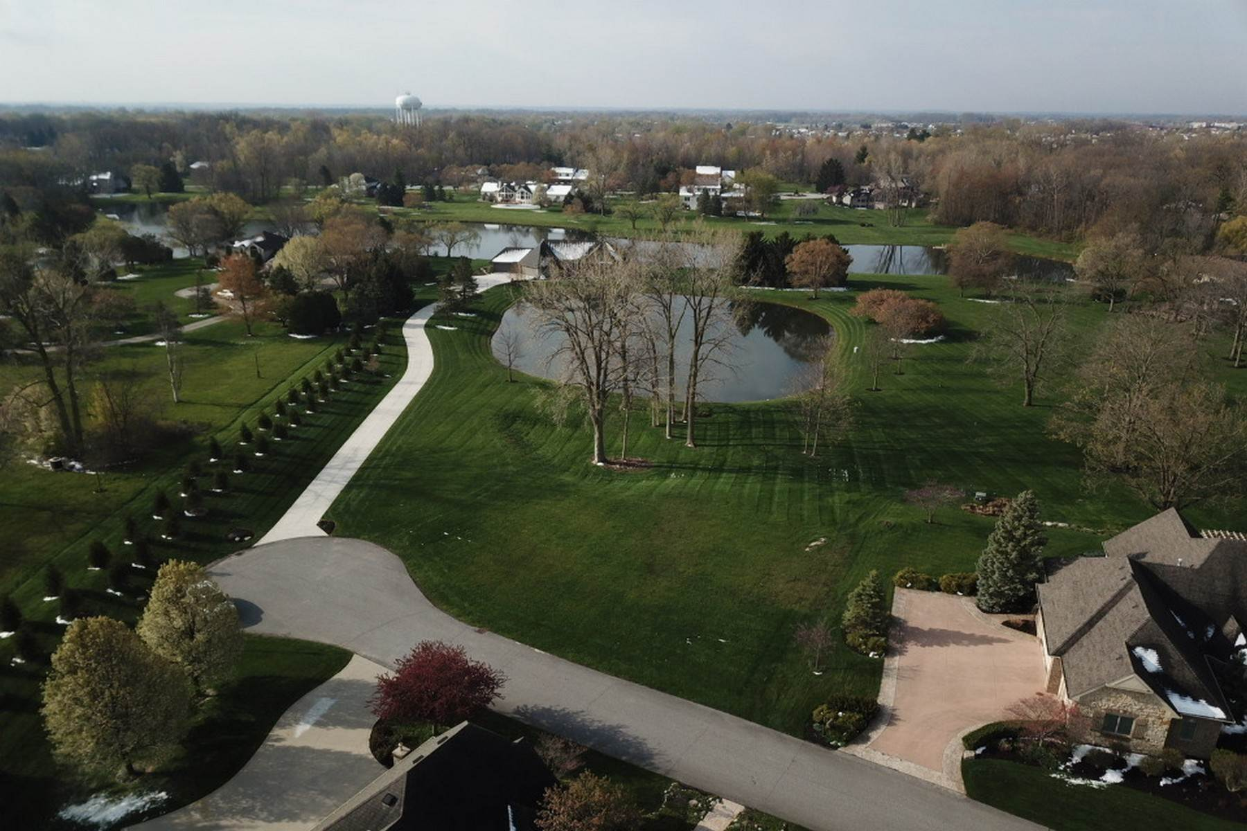 Land for Sale at High-End Condo Living 10017 Paddington Court Fort Wayne, Indiana 46804 United States