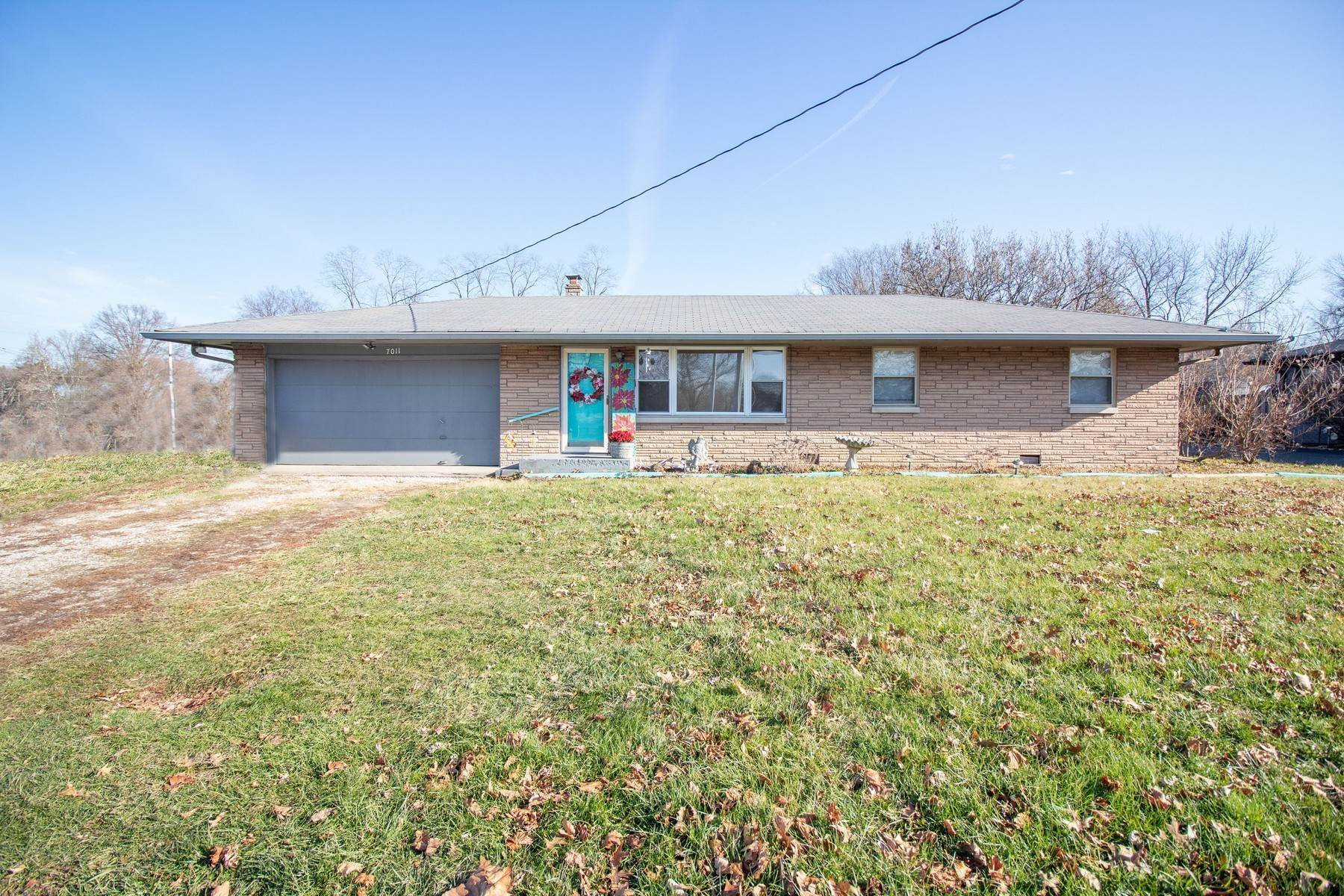 Single Family Homes por un Venta en Endless Opportunities 7011 South Meridian Street Indianapolis, Indiana 46217 Estados Unidos