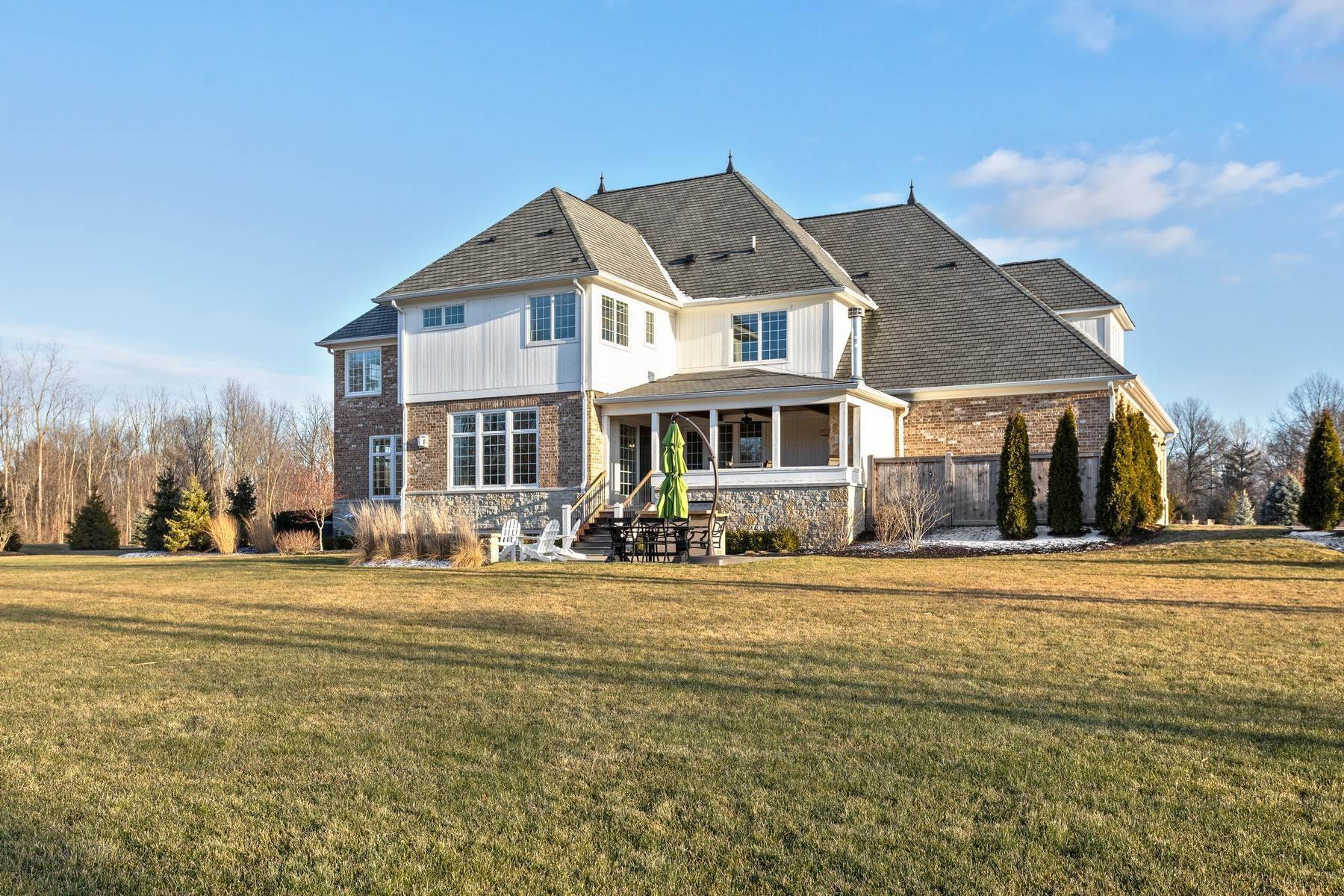 48. Single Family Homes for Sale at Stunning Estate in Shannon Springs 8380 Shannon Springs Drive Zionsville, Indiana 46077 United States
